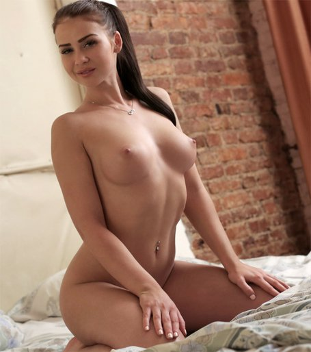 Wife exsposed nude